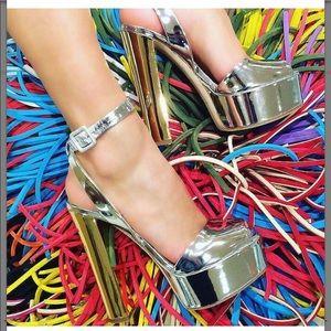 GIUSEPPE ZANOTTI Lavinia Metallic Ankle Platform